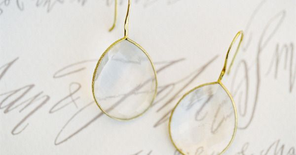 #earrings Photography: Jose Villa Photography - josevillaphoto.com Design, Styling + Planning: Joy