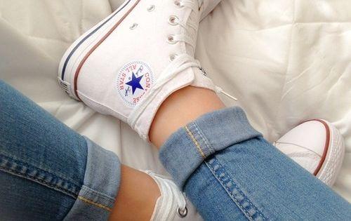 Converse - photo