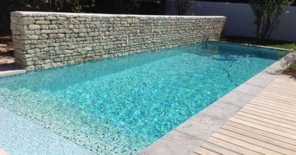 Carrelage piscine mosa ques salle de bain en image for Frise carrelage piscine
