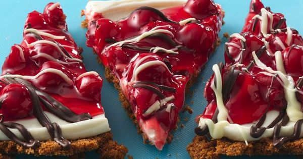 These look Yummy!! Cherry Cream Pizza with Tuxedo Topping CRUST 3 cups