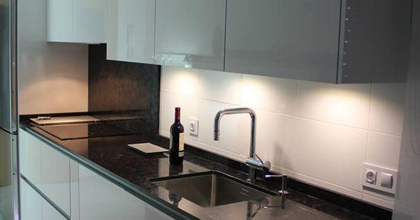 Cocinas dise o de cocinas en pinto rey gola blanco for Curso cocina getafe