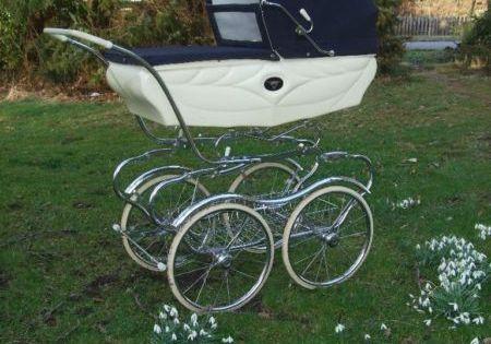 nostalgie retro vintage kinderwagen aus italien top. Black Bedroom Furniture Sets. Home Design Ideas
