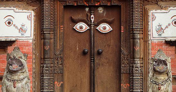 Bhaktapur, Kathmandu Valley, Nepal. eyes color brown red orange peach white animal