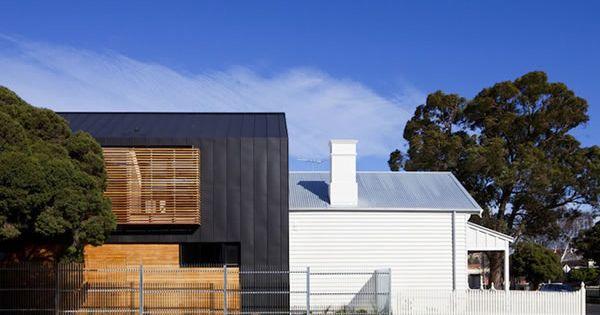 Black siding prob anthra zinc w cedar modern barn farm for Modern house siding solutions