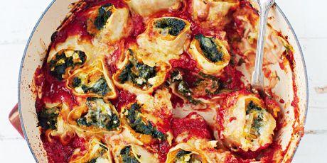 Squash Spinach Pasta Rotolo Recipe In 2020 Food Network