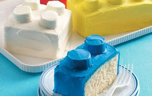 Lego cakes for boys birthday party! When I have a little boy