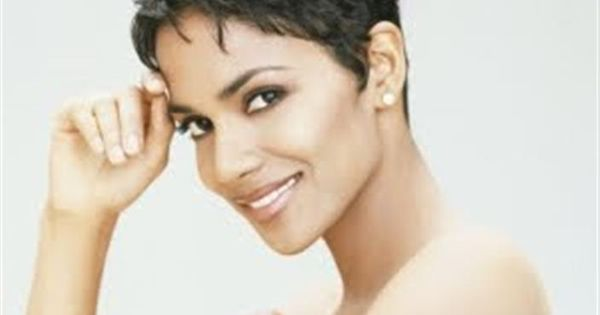 Pixie Cut For Fat Face | Short hairstyles for round faces Halle