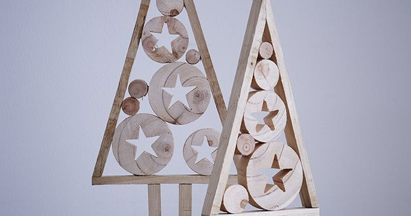 Sapin De Bois Deco Noel Http Www Zodio Fr Idees Deco Noel Cristal 24 Piece Le Salon Html Idee Deco Noel Arbre De Noel En Bois Deco Noel