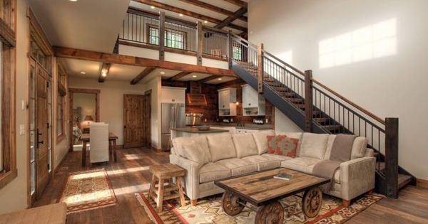 7 tips para dise ar una casa de dos pisos funcional y for Sala de estar funcional