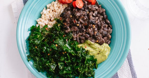 Kale, Black Bean and Avocado Burrito Bowl | Recipe | Burrito Bowls ...