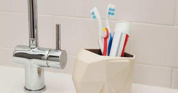 JUMBO CUTLERY DRAINER bathroom gadgets buy: http://www.arq4design.com/tododesign/tienda/design/jumbo-cutlery-drainer/