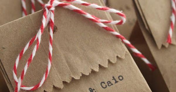 Boa ideia para embalar lembrancinhas comestíveis, perfeito para quem vai se casar