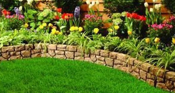 Simple Front Yard Landscaping | Stone landscape edging - easy landscaping ideas