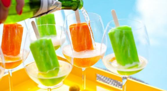 Hooch and Popsicles ~ Festive Summer Fun!