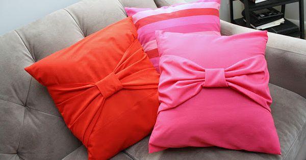 Big bow pillow tutorial