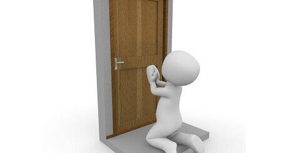 Comment Ouvrir Une Porte Claquee Sans Cle Sans Serrurier Comment Ouvrir Une Porte Serrure Porte Et Portes