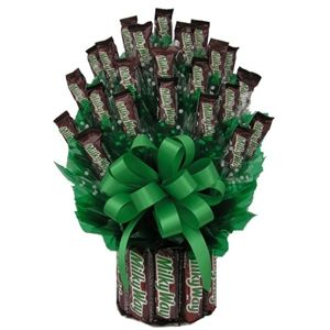 Candy Bouquets Candy Gift Bouquet Arttowngifts Com Candy Gifts Candy Arrangements Candy Bouquet