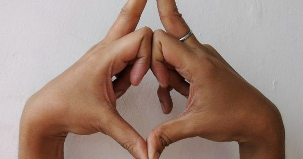 Kalesvara Mudra – mudra for changing character traits and overcoming addictions Kalesvara