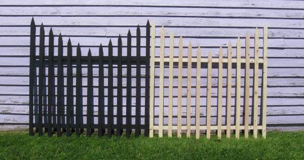 Graveyard Halloween Fence