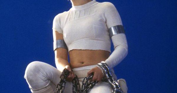 Natalie Portman on the Set of Star Wars Episode II ...