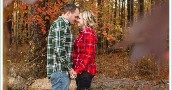 romantic forrest photo shoot, fall session, fall colors, Fresh Look Photography, pop