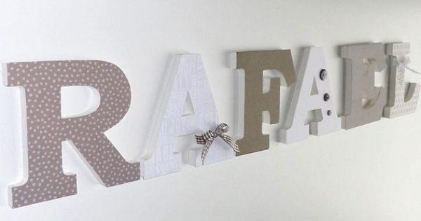 lettres en haut du dressing id e chambre b b pinterest lettre en bois pr nom lettres en. Black Bedroom Furniture Sets. Home Design Ideas