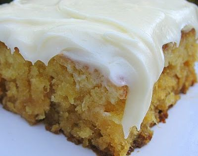 Pineapple Sheet cake recipe - With cream cheese icing! Looks nice and