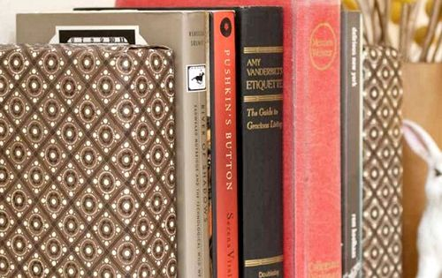 Cover bricks in fabric for bookends. DIY crafts home decor