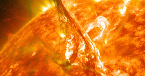 A Solar Filament Erupts!  What's happened to our Sun? NASA Goddard |