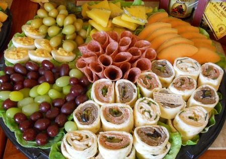 Lots of ideas on how to arrange different food platters Great party