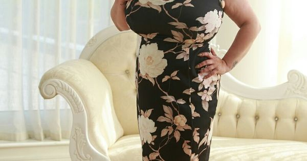 Alice 85jj In Clothes Very Professional Looking Curvy Girl