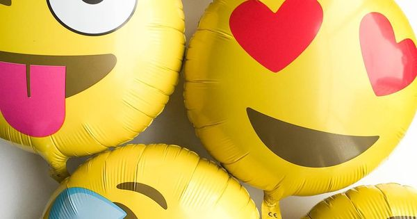emoji balloons oh happy day party shop emoji fun pinterest shops happy day and the o 39 jays. Black Bedroom Furniture Sets. Home Design Ideas
