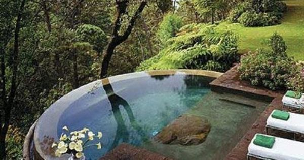 5 Ways to Build a Breathtaking Backyard Pool | Beautiful ...