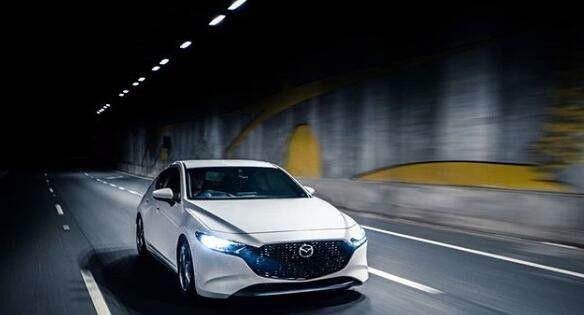 Mazda 3 Hatchback In 2020 Mazda 3 Hatchback Mazda Cars Mazda