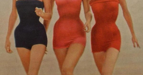 1950s Midcentury Three women in Swimsuits and Snorkle Masks Fashion Photo by