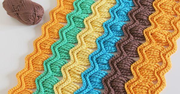 Currently creating: Crochet vintage fan ripple blanket ...