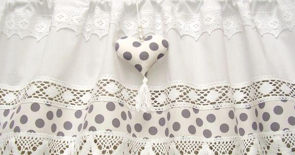 Shabby chic white landhaus gardine grau dots 266 von for Cantonniere shabby chic