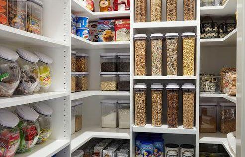 khloe kardashian super organized kitchen pantry boasts. Black Bedroom Furniture Sets. Home Design Ideas