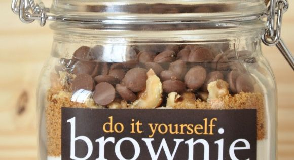 do it yourself brownie jar gift idea