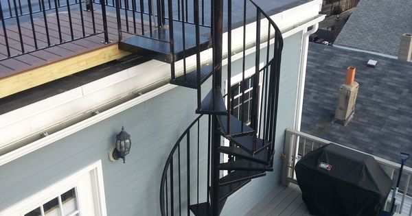 Best Telegraph Hill Roof Deck With Wrought Iron Railings 400 x 300