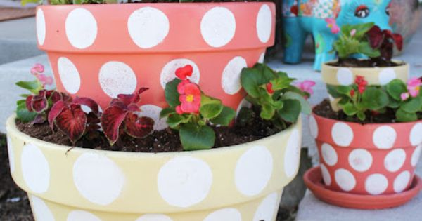 Polka dotted tiered planters - house number painted on! this is a