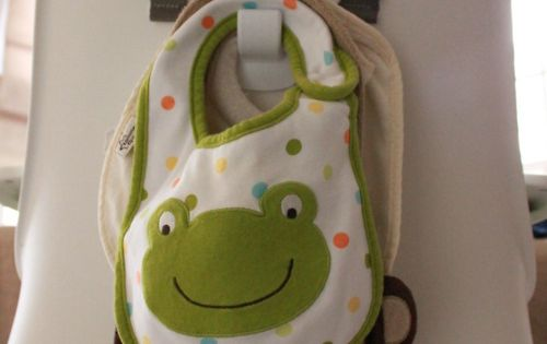 Repinning for all my friends with kids - great idea! Command hook