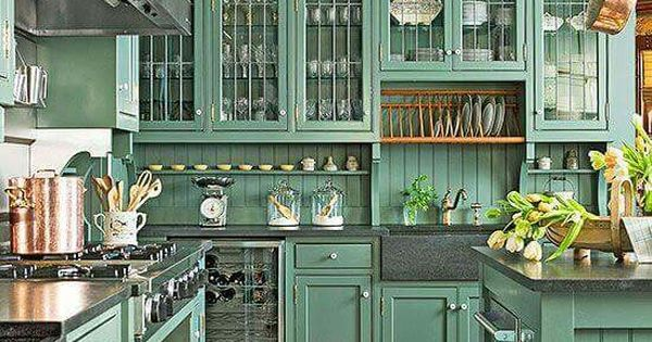 Color design better homes and gardens decorating for Better homes and gardens kitchen cabinet ideas