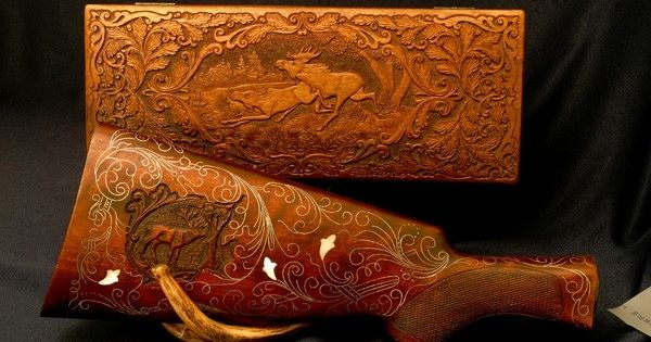 Gunstock relief carving hand made knife box and gun