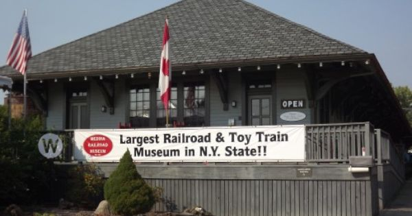 Located In The Old New York Central Freight Depot In Medina Ny The Medina Railroad Museum Is One Of The Largest Fr