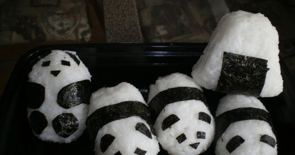 Panda Sushi by drawar.com: Click through for the how to video link