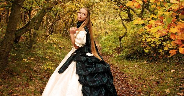 Unique Wedding Dresses Scotland: Scottish Wedding