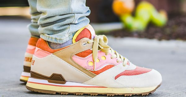 Feature Saucony Courageous Bacon And Eggs On Feet Sneaker Review