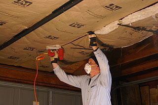 How To Install Kraft Faced Fiberglass Insulation In A Garage Ceiling With Roof Trusses Fiberglass Insulation Roof Trusses Garage