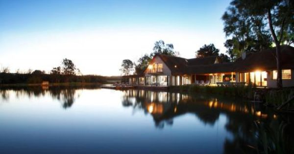 The Beautiful Lake Scene For A Wonderful Wedding And Top Class Accommodation In Pretoria